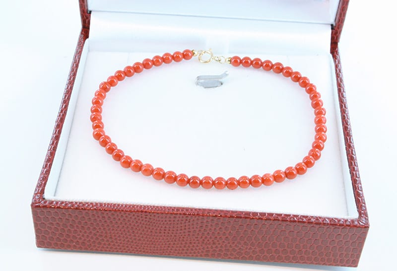 Bracelet corail rouge et or 007