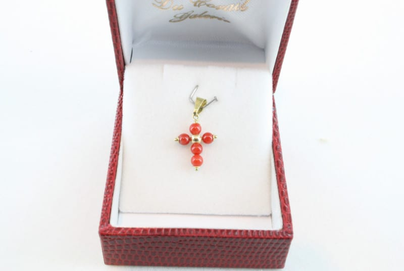 pendentif corail rouge et or PE-CO-OR-024
